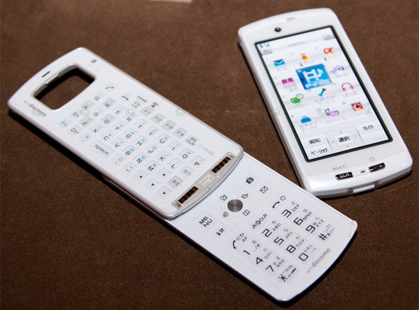 телефон Fujitsu F04B